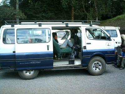 toyota-transferbus.jpg