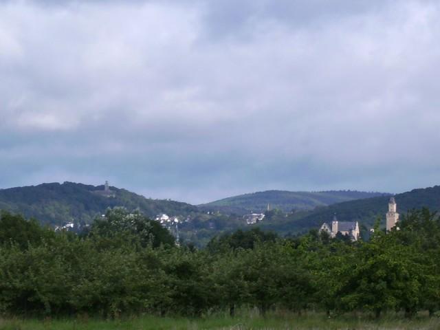 Blick auf Kronberg und Falkenstein